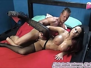 big boobs brunette cumshot