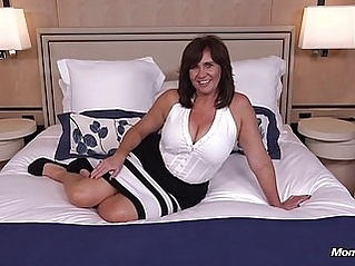 milf old & young pov